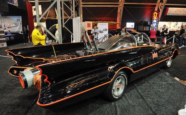 Самый первый Бэтмобиль ушел с аукциона за 4,6 миллиона долларов. Изображение № 3.