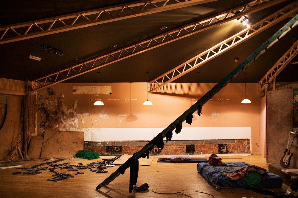 Гид по лондонским сквотам в фотопроекте Коринны Кёрн. Изображение № 22.