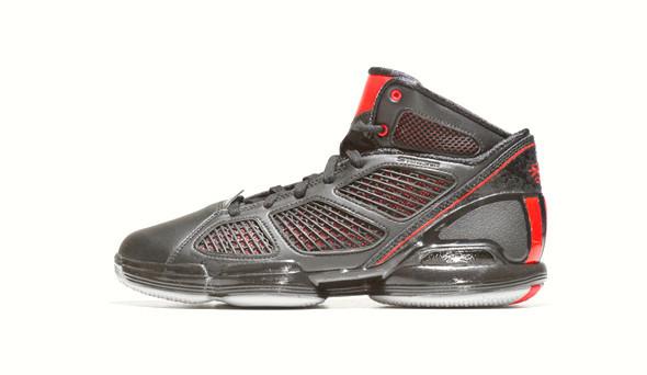 Поставить на ноги: 25 именных баскетбольных кроссовок. Изображение № 29.