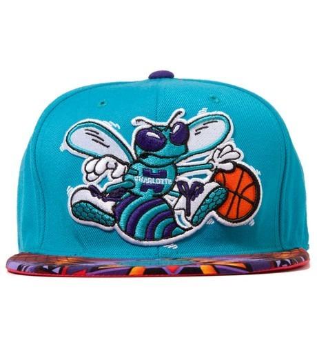 Genesis Project совместно с Pendleton выпустили вторую коллекцию кепок с символикой команд НБА. Изображение №6.