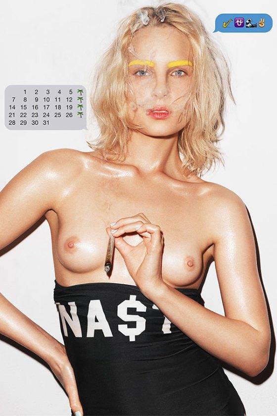 Польская модель Шарлотта Томас снялась для календаря MISBHV. Изображение № 8.