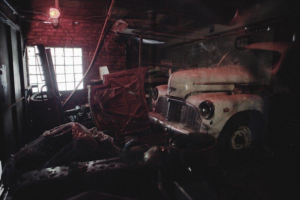 Болгарка, молоток и сварка: Интервью с  Глебом Чёрным, владельцем кастом-ателье мотоциклов . Изображение № 24.