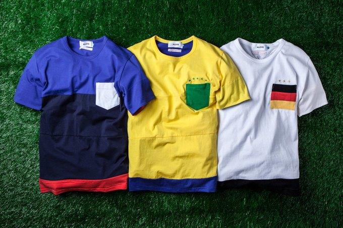 Марка Aloye вместе с Wong Wong представила коллекцию футболок к чемпионату мира. Изображение № 1.