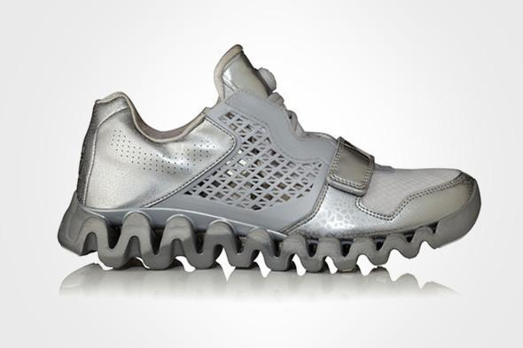 10 самых спорных моделей кроссовок 2011 года. Изображение № 66.