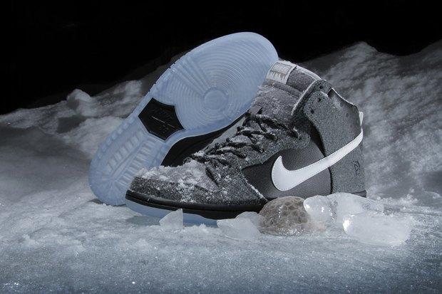 Магазин Premier и марка Nike выпустила совместную модель обуви SB Dunk Hi Premier SE. Изображение № 5.
