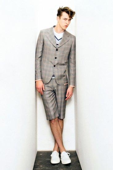 Марка Junya Watanabe Comme des Garcons Man опубликовала лукбук своей весенней коллекции. Изображение № 6.