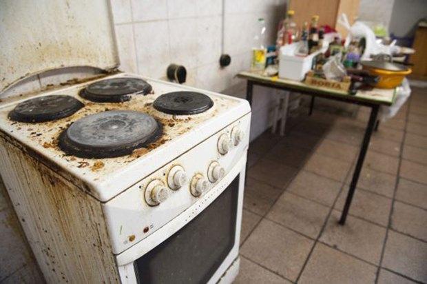 Фотограф Паскаль Дюмон заснял жизнь в студенческих общежитиях в Москве. Изображение № 7.