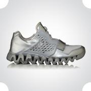 10 самых спорных моделей кроссовок 2011 года. Изображение № 65.