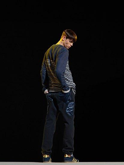 Марка Adidas Originals и дизайнер Казуки Кураиши запустили новую линейку одежды. Изображение № 13.