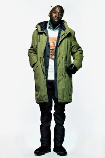 Марка Neighborhood опубликовала лукбук осенней коллекции одежды своей линейки Luker. Изображение № 2.
