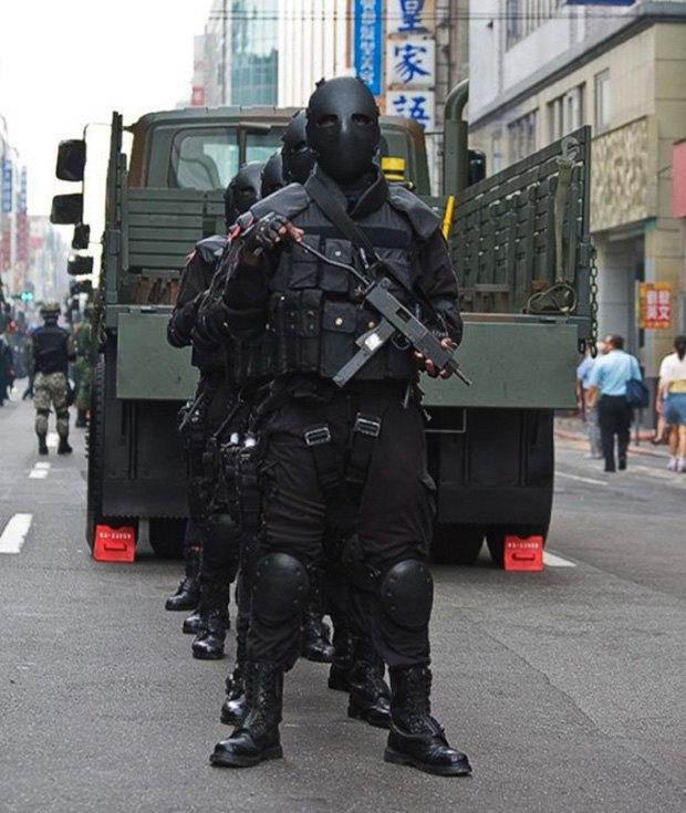 В Тайване представили новую военную форму «клонов» для солдат. Изображение № 1.