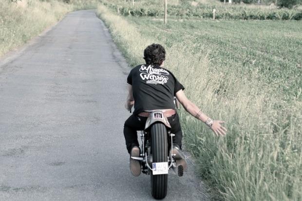 Испанская мастерская El Solitario изготовила мотоцикл Winning Loser. Изображение № 25.