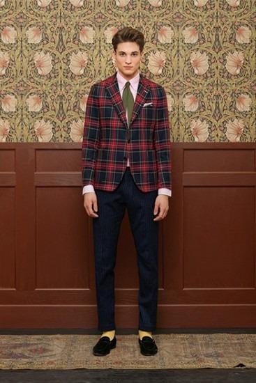 Марка Gant Rugger выпустила лукбук новой коллекции одежды своей линейки Holiday. Изображение № 5.
