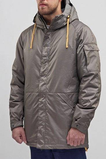 Петербургская марка Devo опубликовала лукбук зимней коллекции одежды. Изображение № 13.