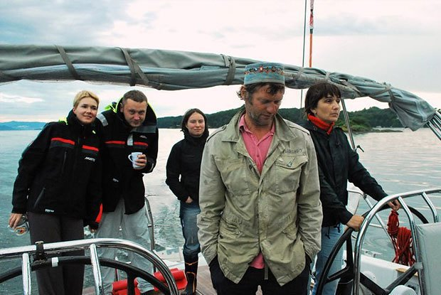 Морские практики: Как я отправился в бесконечное путешествие на яхте . Изображение № 8.