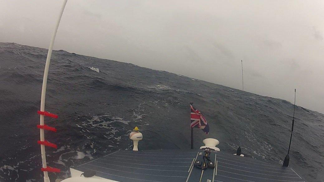 Как я выжил в шторме, пересекая Атлантику на лодке. Изображение № 7.
