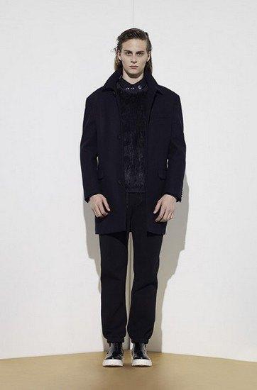 Марка Opening Ceremony опубликовала лукбук осенней коллекции одежды. Изображение № 3.