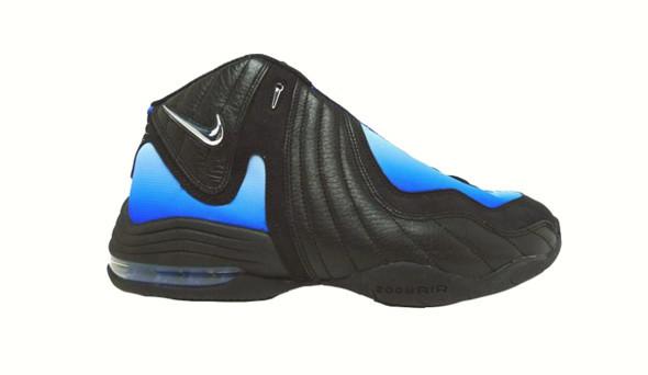 Поставить на ноги: 25 именных баскетбольных кроссовок. Изображение № 15.