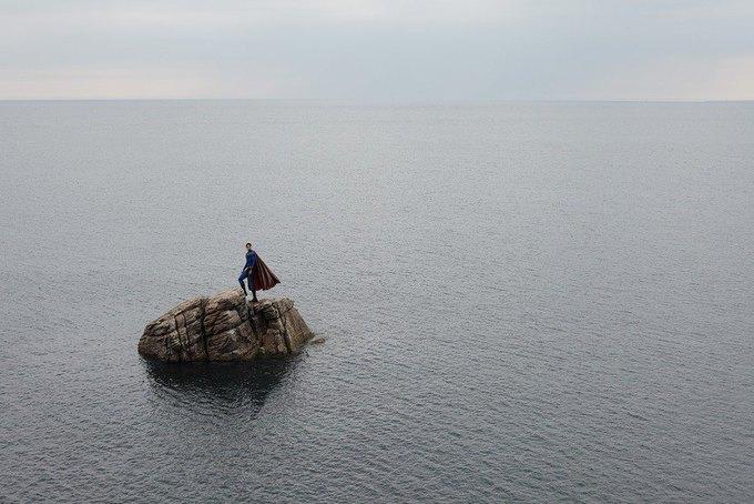 Одиночество — скука: Одинокие супергерои во французских Альпах. Изображение № 5.