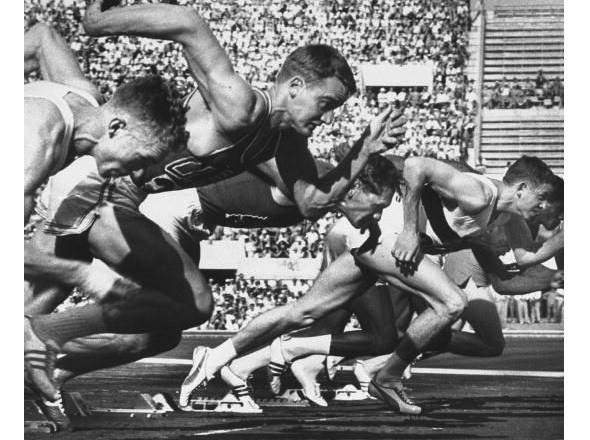 Чемпион Олимпийских игр 1960 года в беге на 100 метров Армин Хари. Изображение №59.