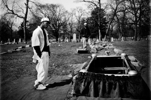 8 фотографов, исследовавших мир уличных банд. Изображение № 20.