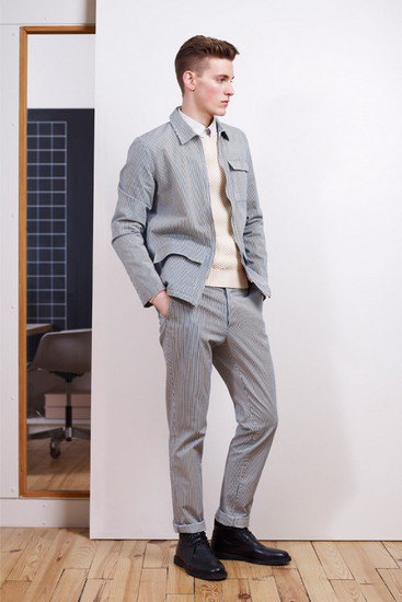 Марка A.P.C. выпустила лукбук осенней коллекции одежды. Изображение № 3.