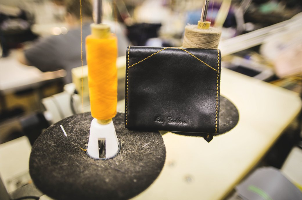Новая марка: Кожаные сумки и аксессуары Ray Button. Изображение № 12.