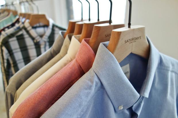 Американская марка Saturdays Surf NYC выпустила превью весенней коллекции одежды. Изображение № 11.