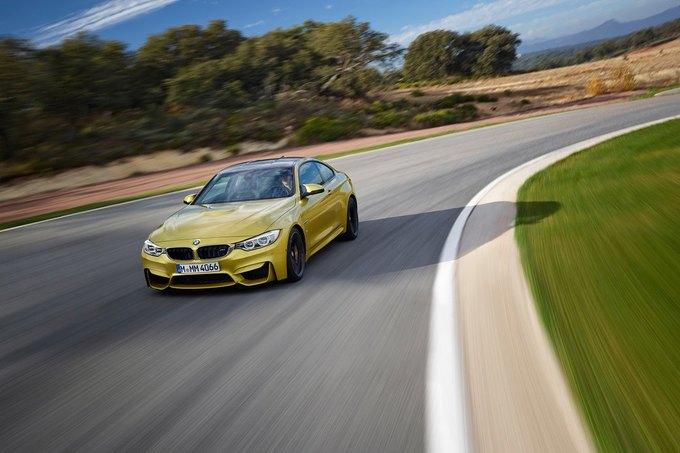 BMW представила новый седан M3 и купе M4. Изображение № 4.