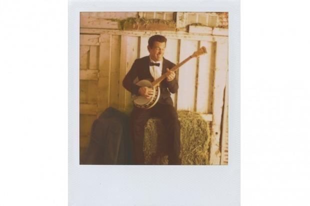 Джош Бролин снялся в новом лукбуке марки Band of Outsiders. Изображение № 5.