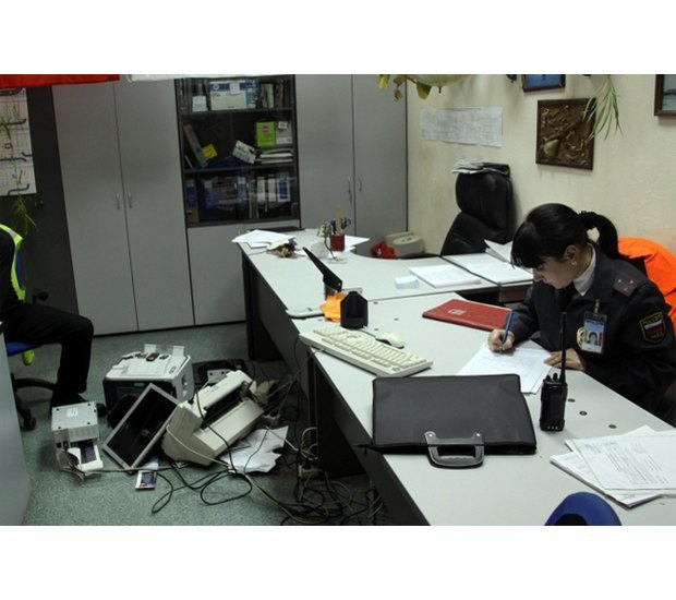 Сергей «Паук» Троицкий задержан за дебош в новосибирском аэропорту. Изображение № 3.