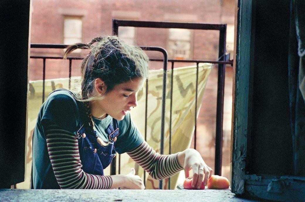 Жизнь нью-йоркских сквотеров в фотопроекте Эш Тэйер. Изображение № 11.