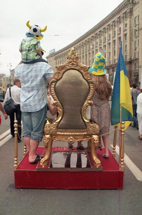 Миша Бочкарев: Украинская уличная фотография нового времени. Изображение № 13.
