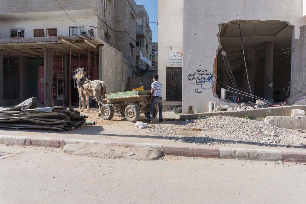 «Самая большая тюрьма в мире»: Путешествие в сектор Газа . Изображение № 18.