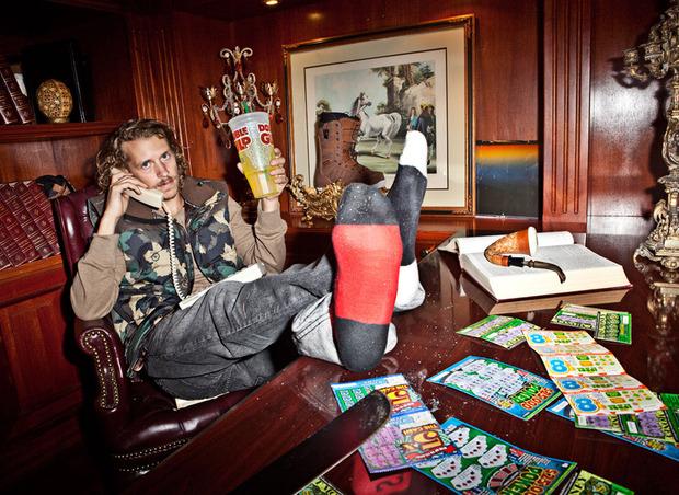 Рэпер Гуччи Мэйн снялся в лукбуке марки LRG. Изображение № 6.