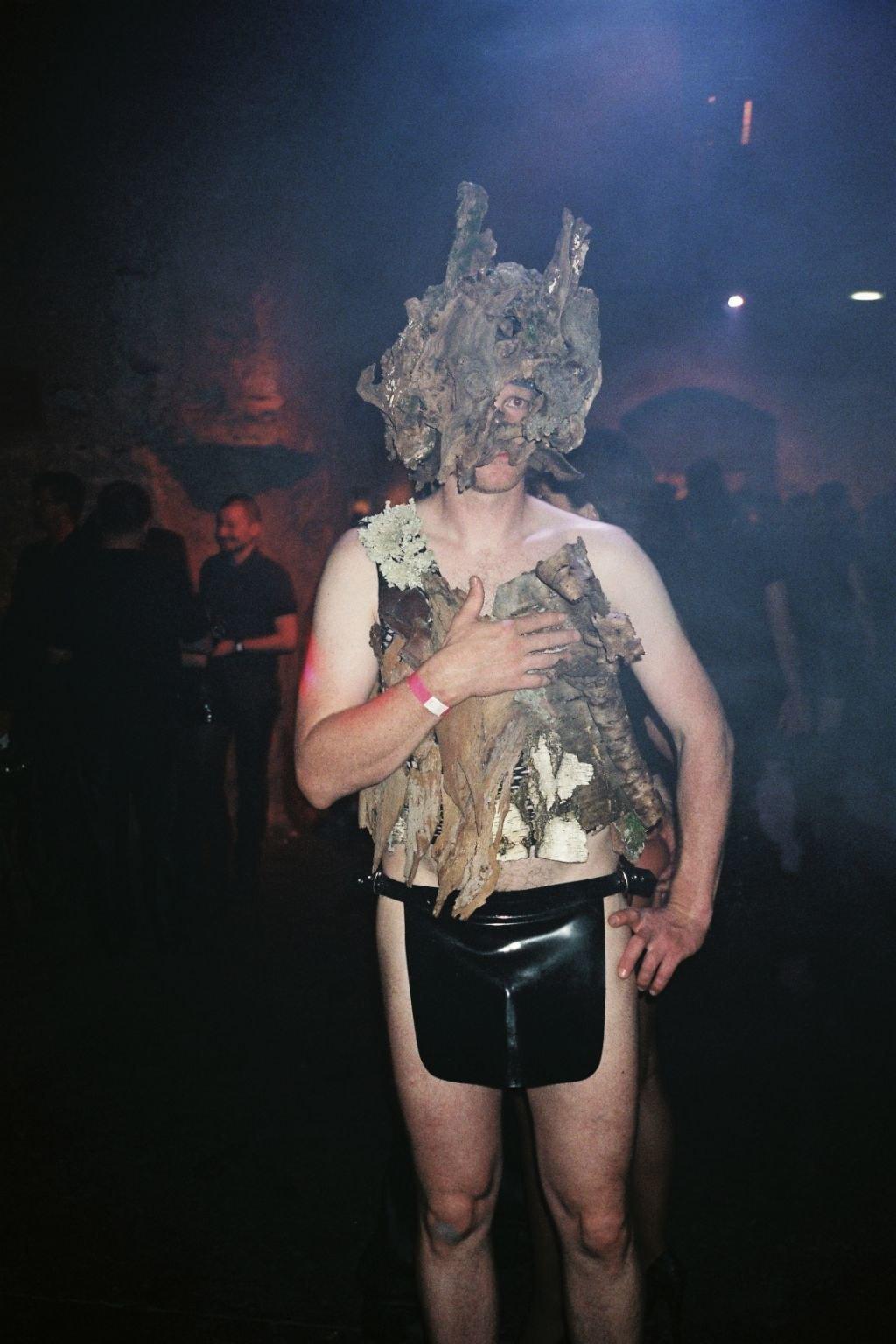 Ночь извергов: Посетители фетиш-фестиваля во Франции. Изображение № 14.