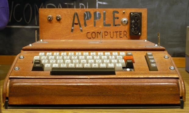 Первый компьютер Apple продали на аукционе за рекордную сумму. Изображение № 2.