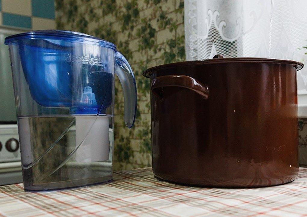 Подготовка воды фильтрацией через угольный фильтр, кастрюля для варки сусла.. Изображение № 5.