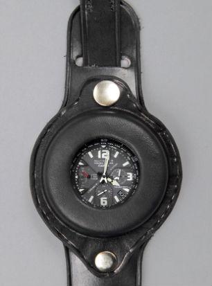 Компания Casio и журнал Men's File выпустили новую модель часов. Изображение № 2.