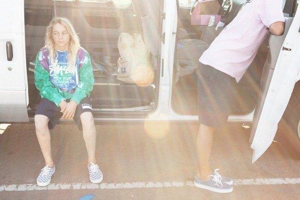 Марки Stussy и Herschel опубликовали лукбук совместной коллекции одежды. Изображение № 2.