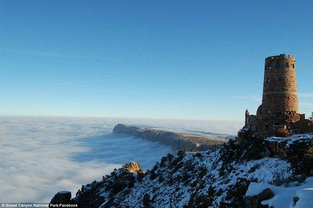 В Большом каньоне впервые за 10 лет появился туман. Изображение № 6.