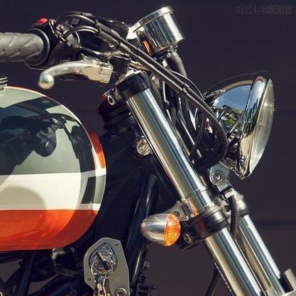 Французский механик собрал кастом культовой модели Triumph Bonneville T100. Изображение № 2.