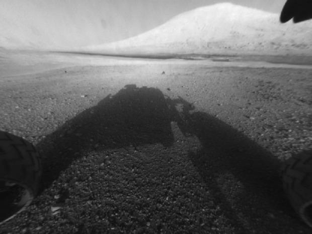 Первые кадры, полученные с Curiosity. Изображение № 15.
