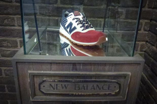 Кроссовок New Balance. Его пара, очевидно, будет стоять в Берлине на Bread & Butter . Изображение № 79.