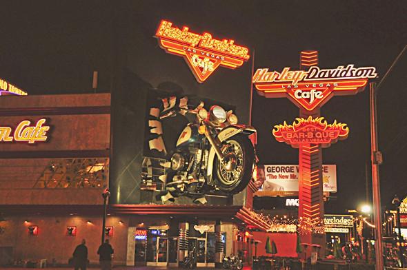 Как я путешествовал по Америке на мотоцикле. Изображение № 46.
