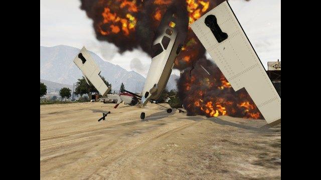 Агентство Media Lense: Фоторепортажи из горячих точек и бандитских районов в GTA V Online. Изображение № 23.