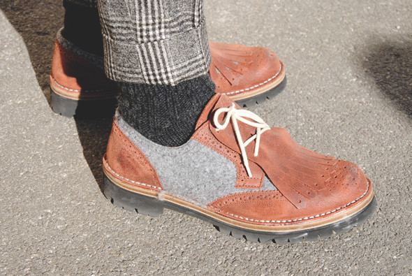 Детали: Репортаж с выставки мужской одежды Pitti Uomo. День второй. Изображение № 10.
