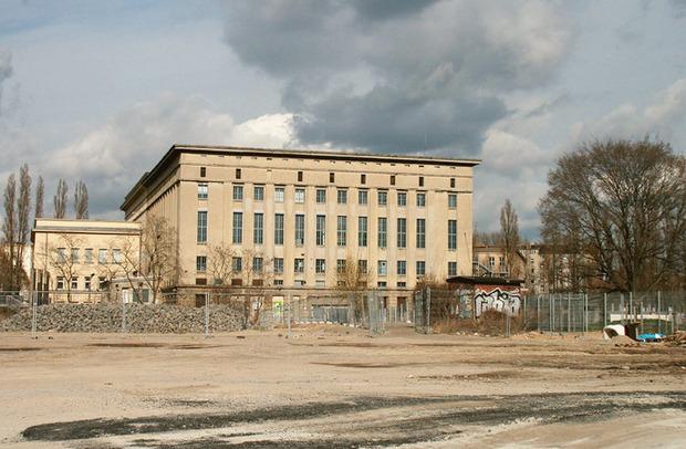 Раньше здание клуба Berghain было электростанцией. Изображение № 16.