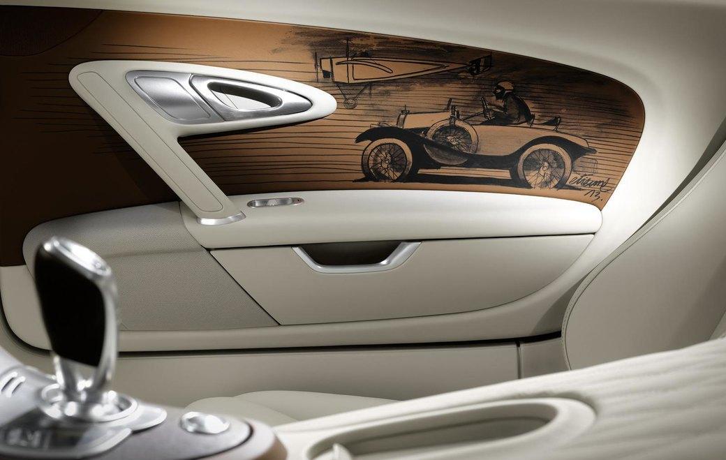 Bugatti представила отделанную золотом спецификацию Veyron Grand Sport Vitesse. Изображение № 8.