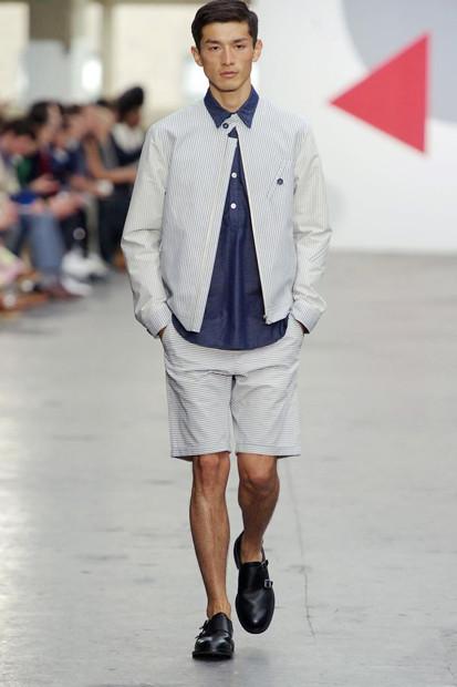 Марка Oliver Spencer выпустила летнюю коллекцию одежды. Изображение № 20.